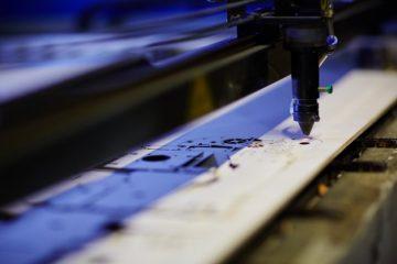 Laserski razrez pločevine zahteva stroj, ki zagotavlja zanesljivost in produktivnost